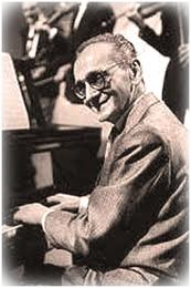 Osvaldo Pugliese at Piano